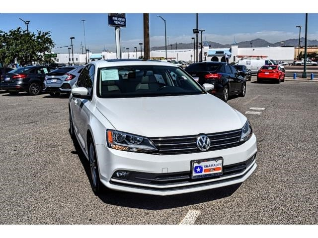 Pre-Owned 2015 Volkswagen Jetta Sedan 1.8T SE w/Connectivity