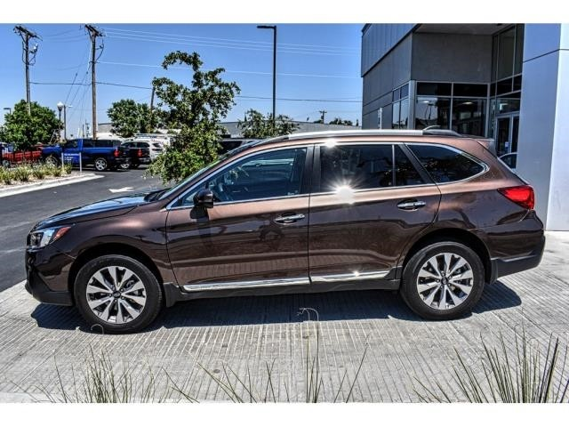 Pre-Owned 2019 Subaru Outback Touring