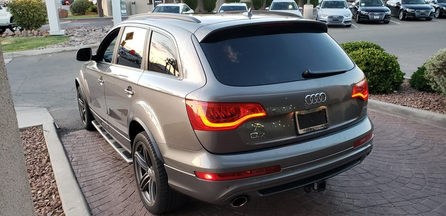 Pre-Owned 2012 Audi Q7 3.0T S line