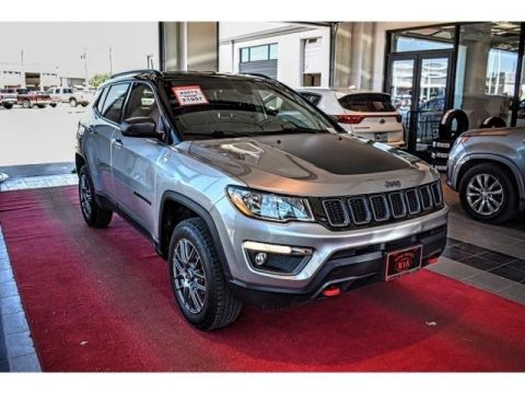 Pre-Owned 2017 Jeep Compass Trailhawk